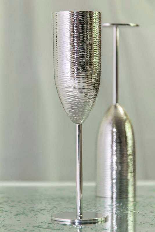 Bark effect silver champagne flutes