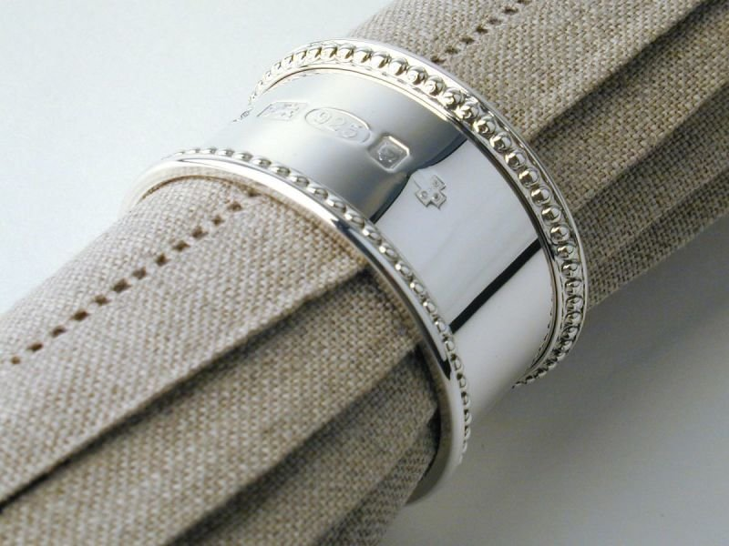 Bead pattern silver napkin ring