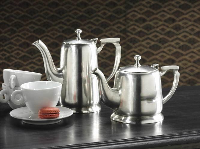 Silver-plated tea & coffee pots