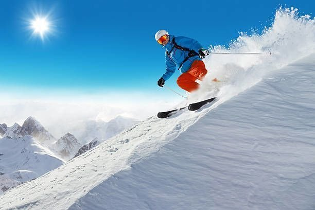 Top Reasons to Go for Ski Rentals