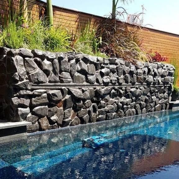 בניית בריכות שחיה מבטון