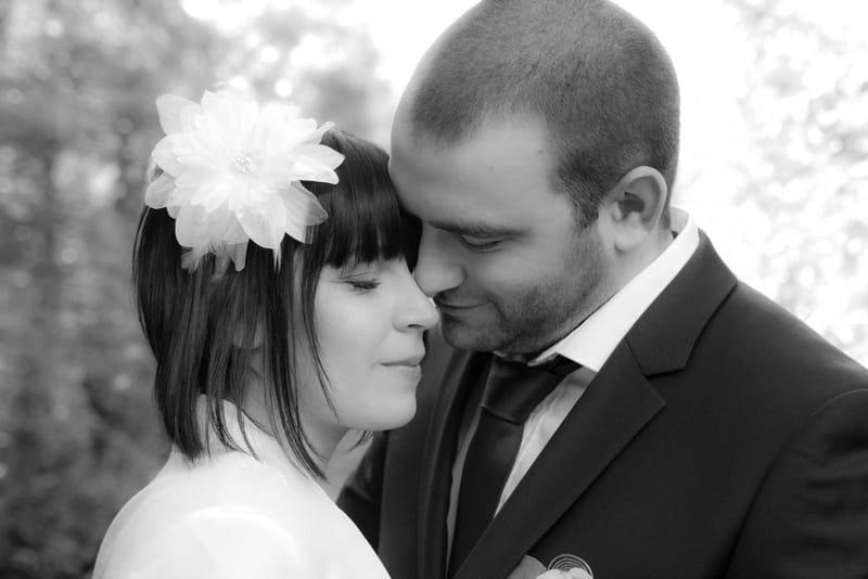 le câlin des mariés