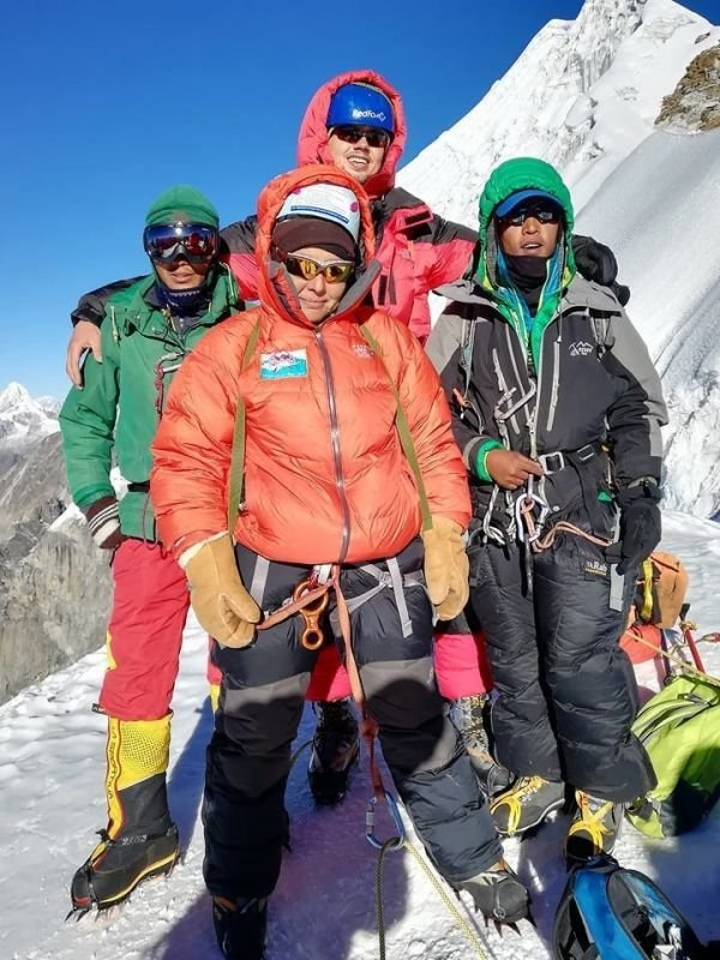 LOBUCHE EAST 6119 PEAK CLIMBING 2020, NEPAL