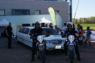Le jury en limousine
