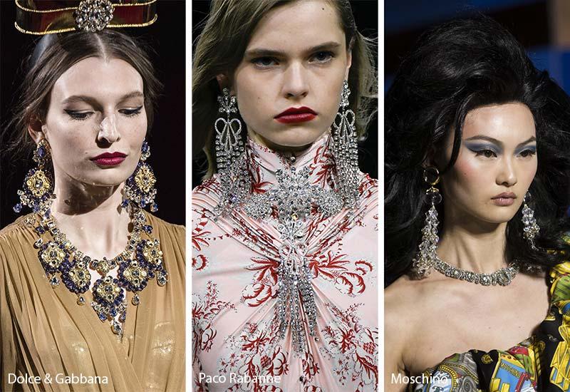 Tendances bijoux automne-hiver 2019-2020: ensembles de bijoux assortis