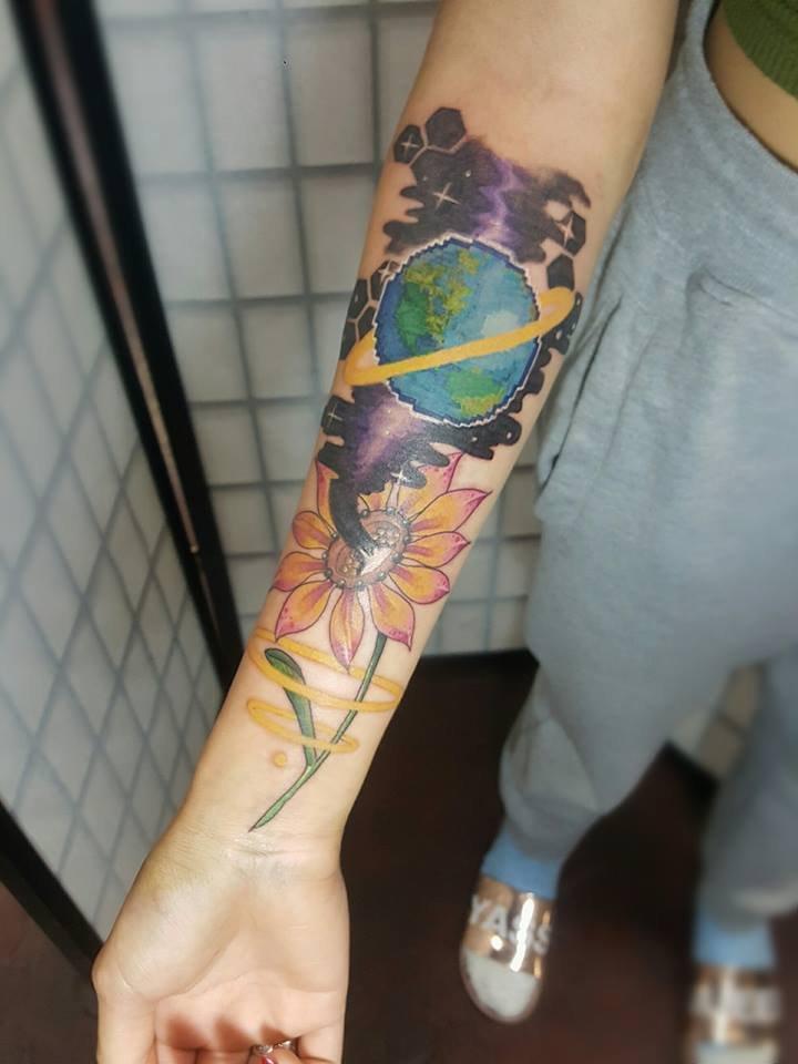 Cybertraditional Gazania tattoo