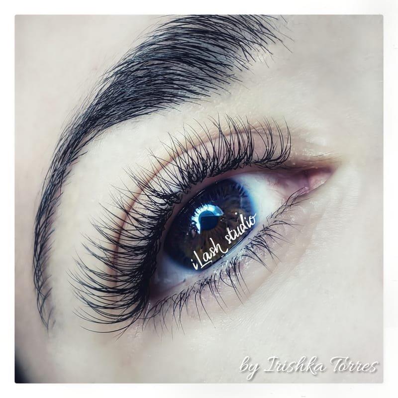Natural Set ( 60% of lashes )