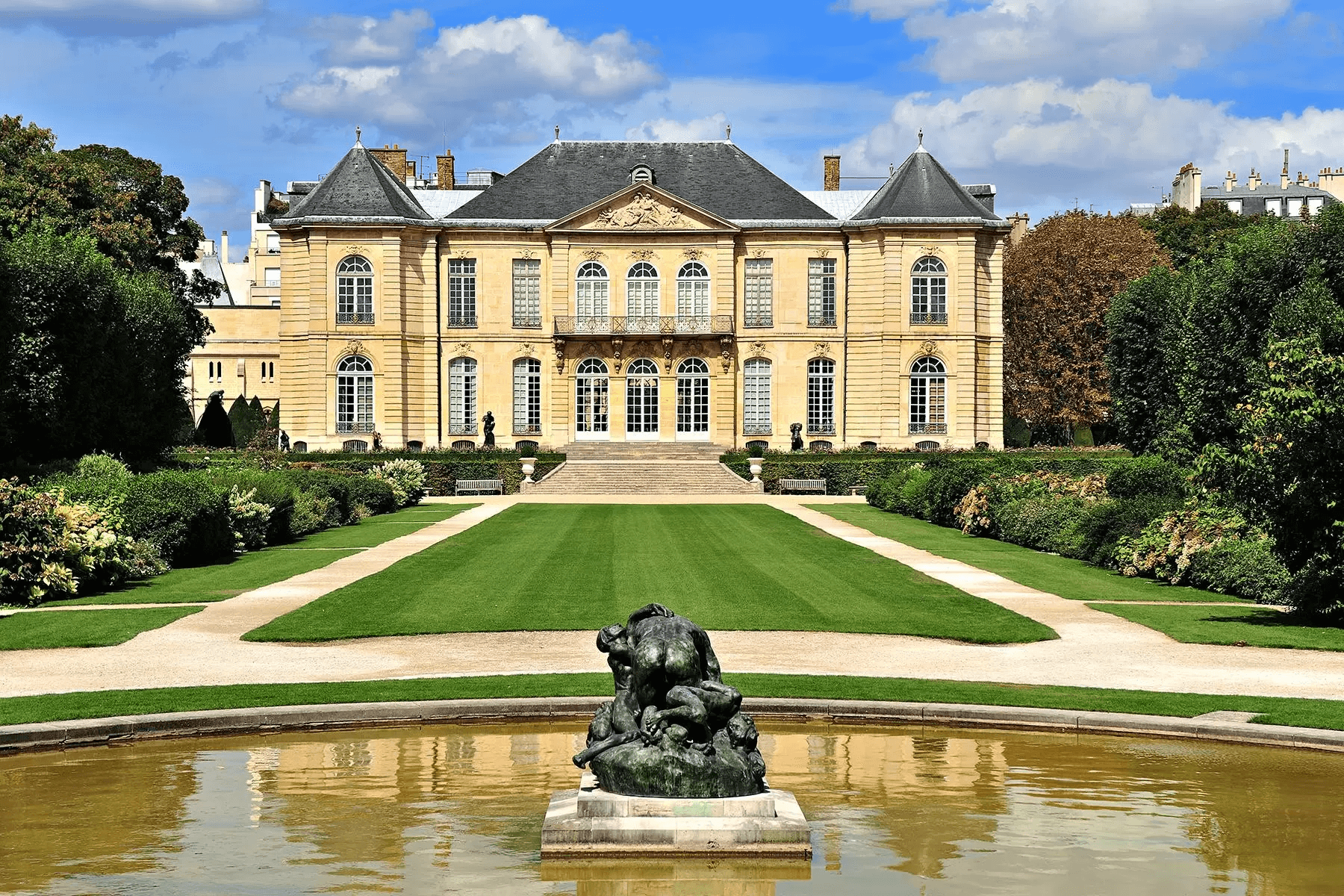 2 Visit the Musee Rodin