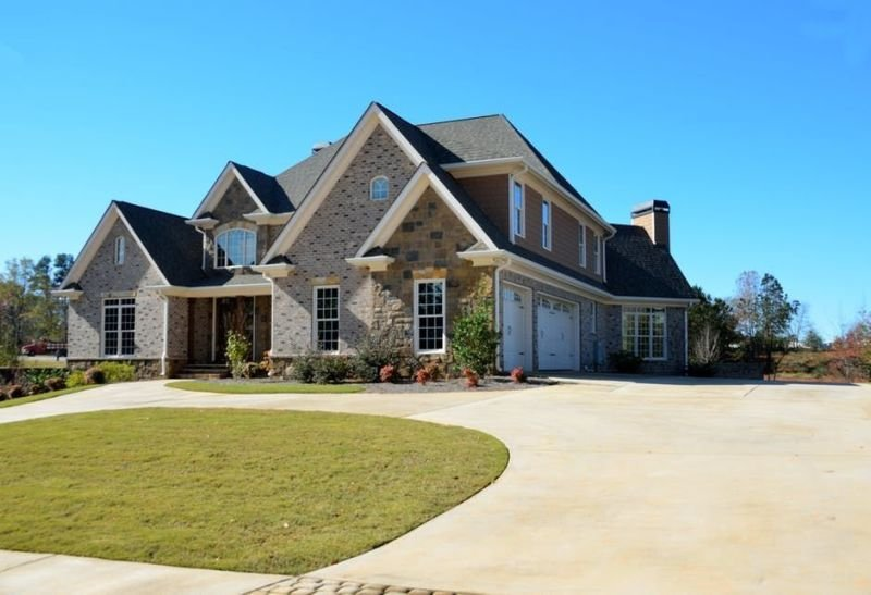 Essential Things to Know When Planning to Invest in Real Estate