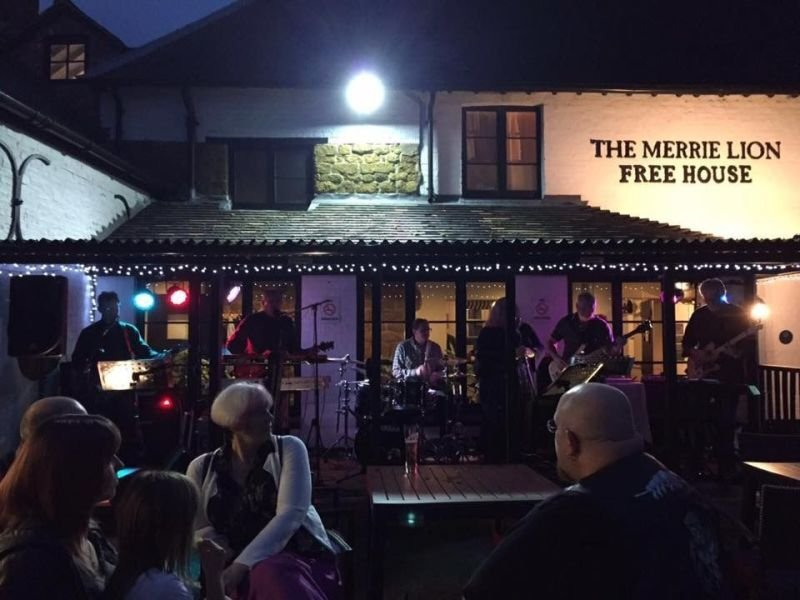 Meal for Two at The Merrie Lion,       Fenny Compton