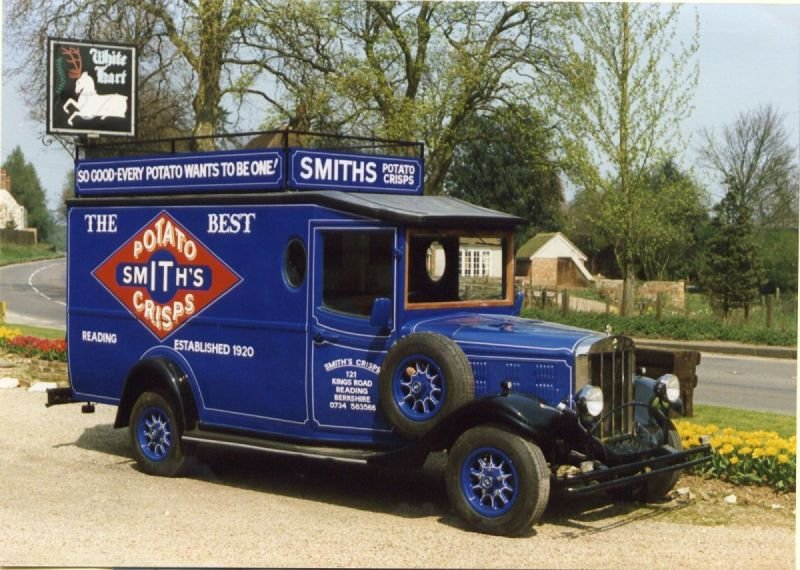 Asquith Van - Smiths Crisps (UK)