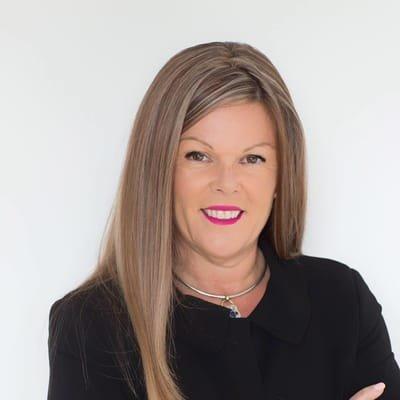 Tiffany Simpson Senior Sales Consultant
