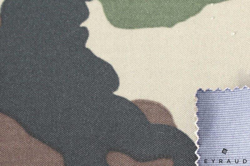 Impression militaire 3 couches avec membrane PU PES et PTFE avec charmeuse ou voile polyester