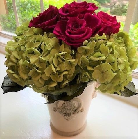 125 Hydrangea with Preserved Red Roses in Urn