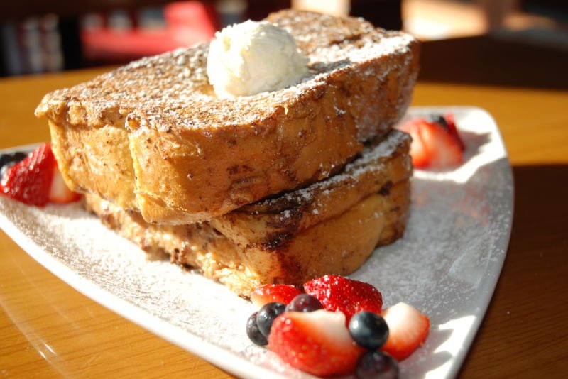 STUFFED CINNAMON FRENCH TOAST
