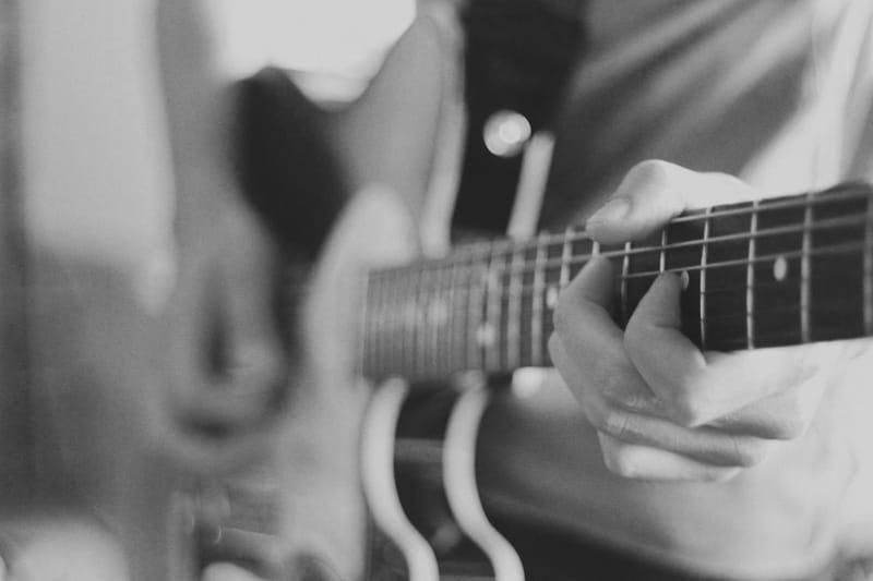 גיטרה בס