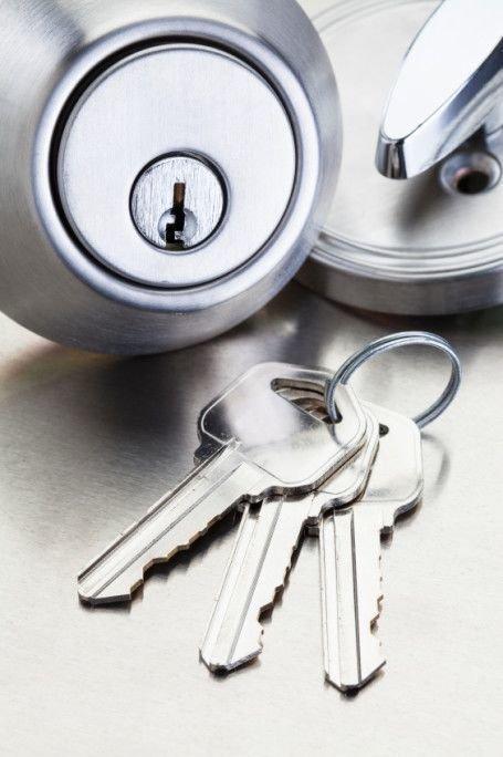 The Benefits of Emergency Locksmith Services