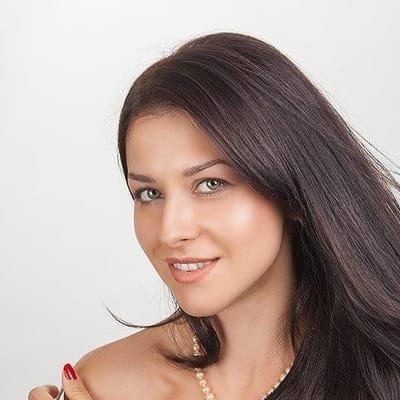 Нелли Ярцева