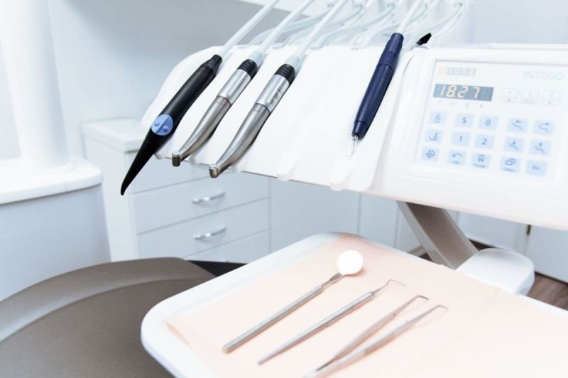 Guide to Consider When You are to get the Right Dentist