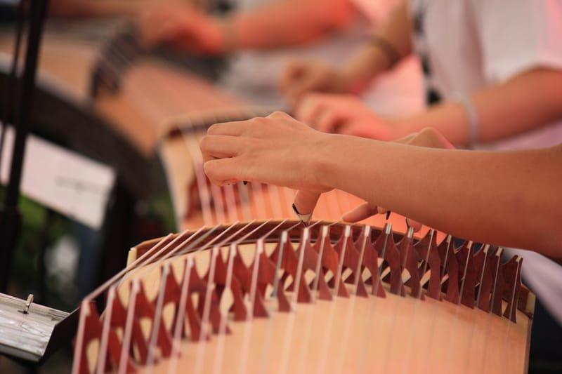 BGF 2015 Guzheng instrument