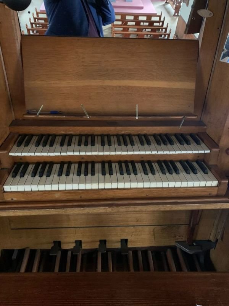 Ballycallan Church Organ.  Keyboard and Pedals