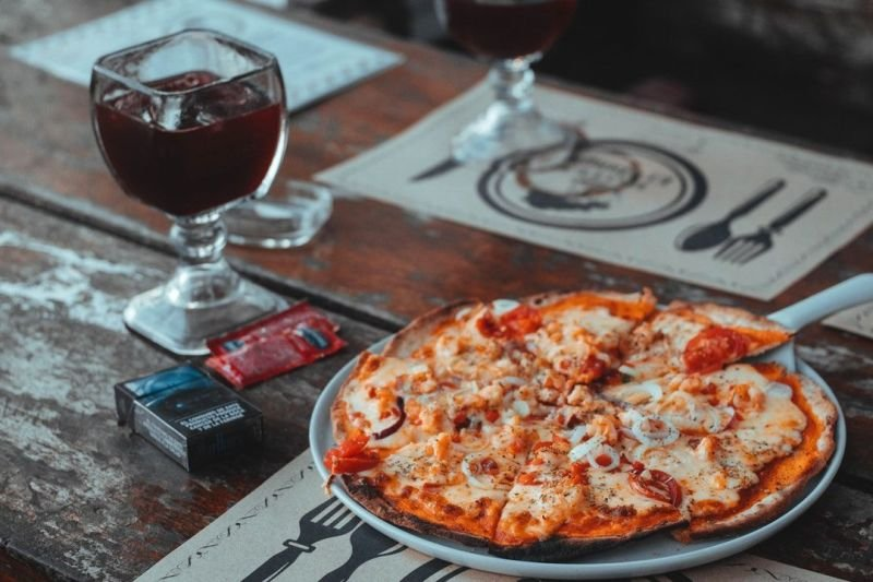 All You Need To Know About Pizza Stones