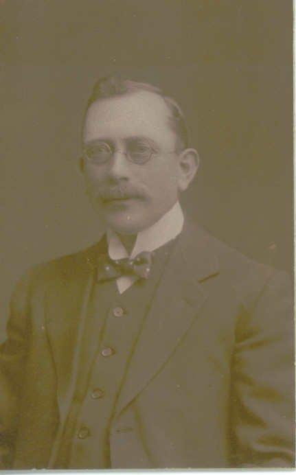 1899 Mr Daniels