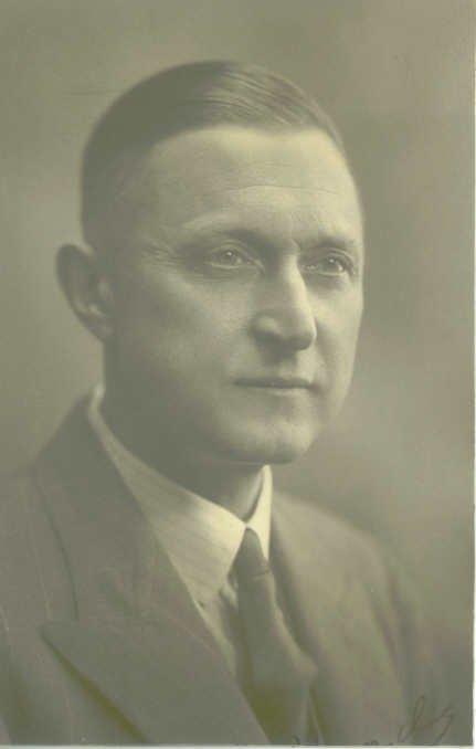 1938 Mr Hands