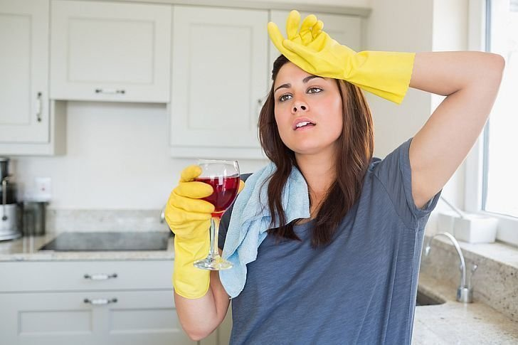 Advantages of Contracting Expert Office Cleaners