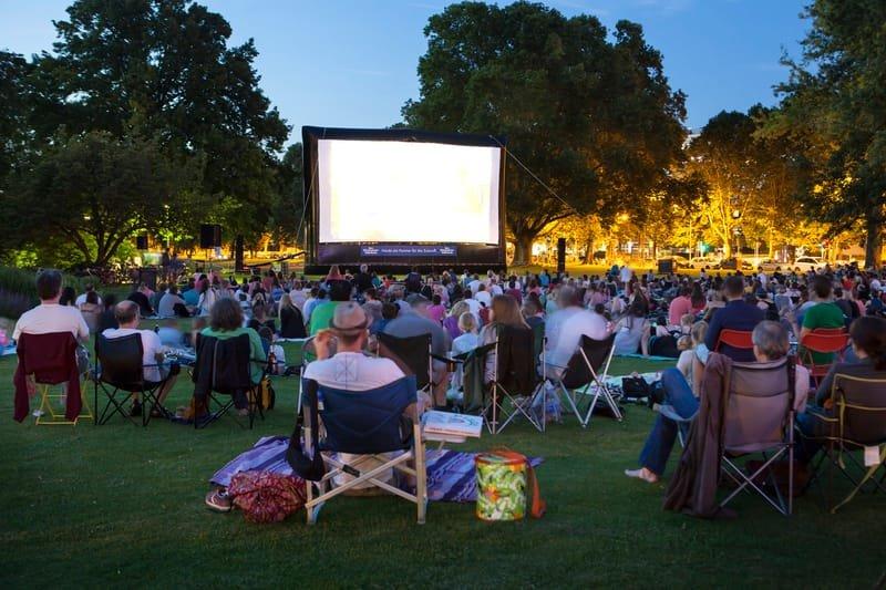 Outdoor Movie Rentals And Their Best Benefits