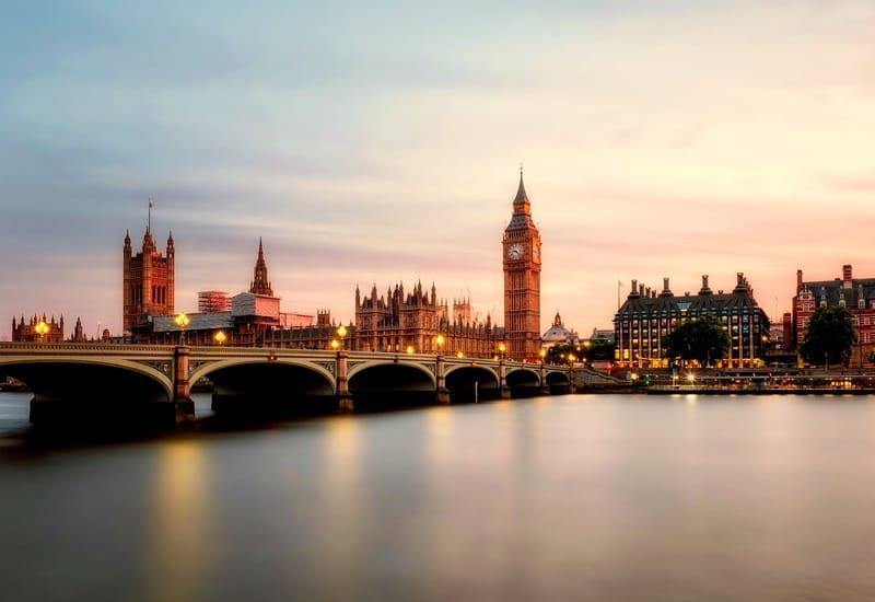 PACK STAGE / INTERNSHIP AU COEUR DE LONDRES