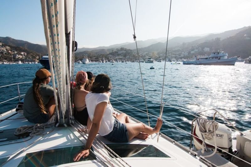 Essential Tips for Choosing the Best Yacht Charter Company