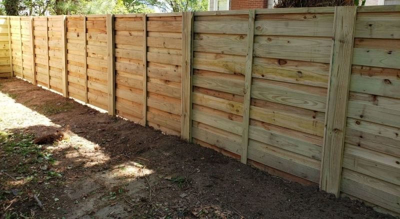 Custom Wood Fences/Custom Wood Fencing