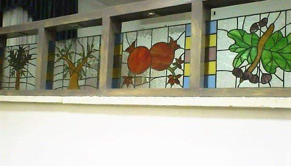 חלון מעוצב לבית כסת בצפת
