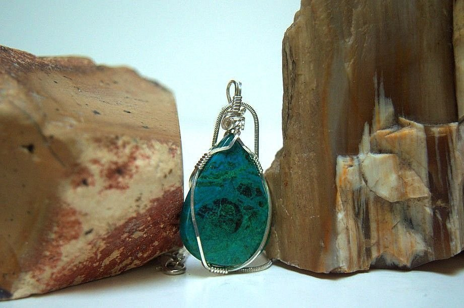 blue green mineral pendant and necklace