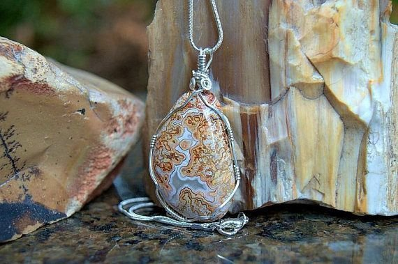 orange brown lined agate gemstone necklace