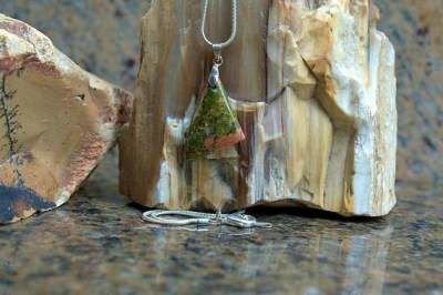 small triangle shape stone pendant and necklace
