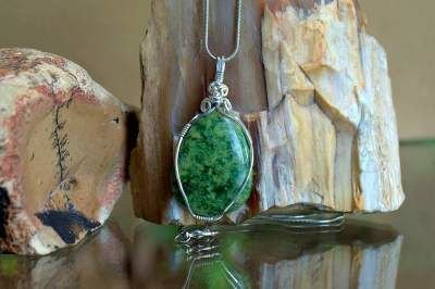 forest green crystal large size pendant