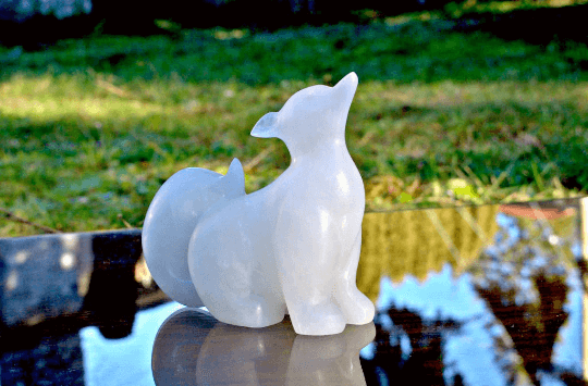 Alabaster Arctic fox figurine