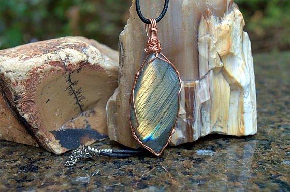 Labradorite natural stone pendant
