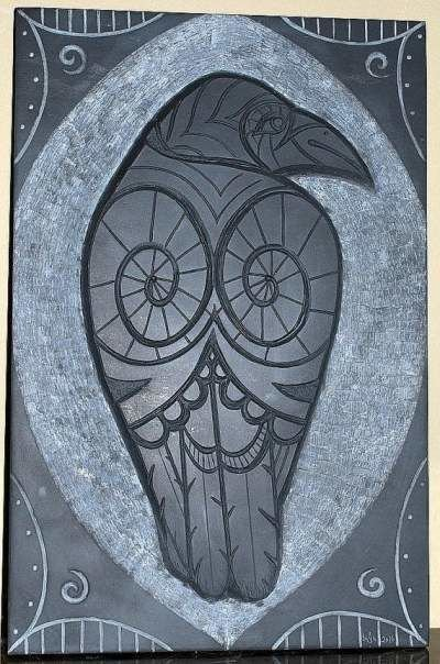 Raven chiseled wall panel