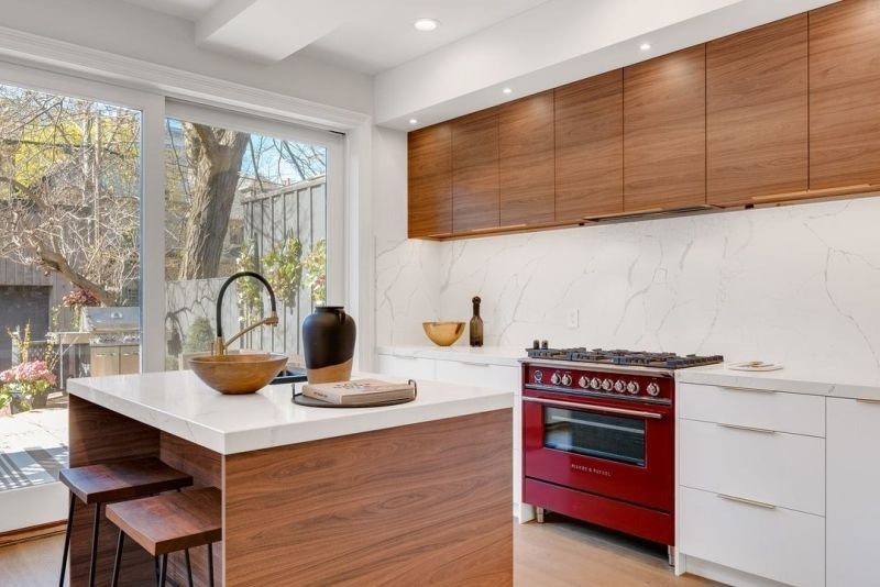 Factors to Consider when Shopping for the Ideal Kitchen Cabinets