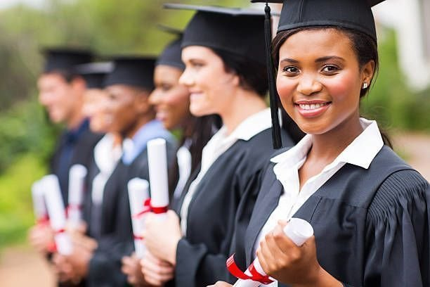 Benefits of Getting a Replacement Diploma Online