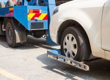 Essential Tips to getting a Tow Truck Insurance Quote