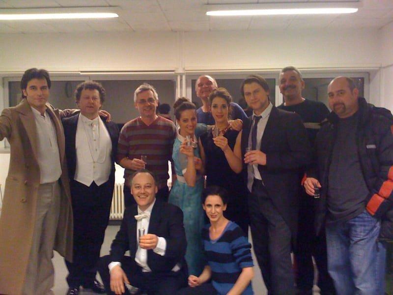 Champagne! Ici accompagnée de Juliane Banse et du choeur du TLT après la dernière représentation de Eugène Onegin.