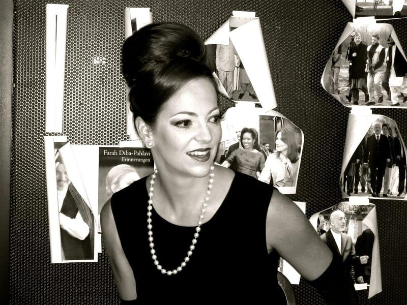 Incarnation de Audrey Hepburn le temps d'un montage-photo pour le magazine du TLT