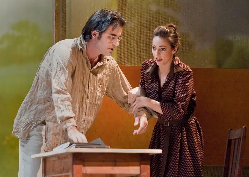 Annina, La Traviata