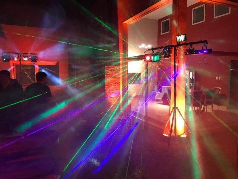 DJ +SONDIO + ILUMINACIÓN  HASTA 30 PERSONAS