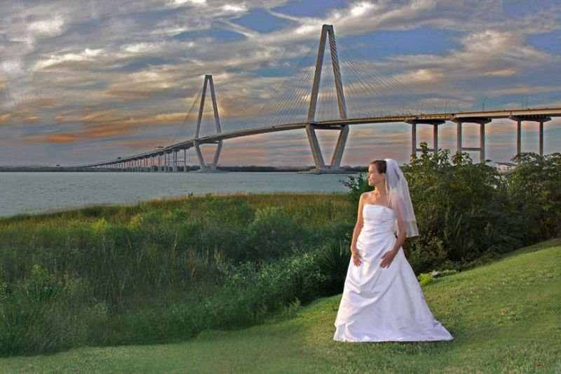 Charleston bride at Authur Ravenel bridge