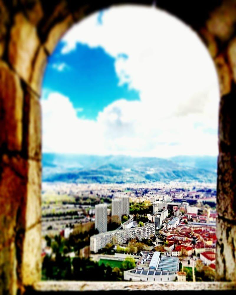 Grenoble en couleurs #27 coeur de ville historique